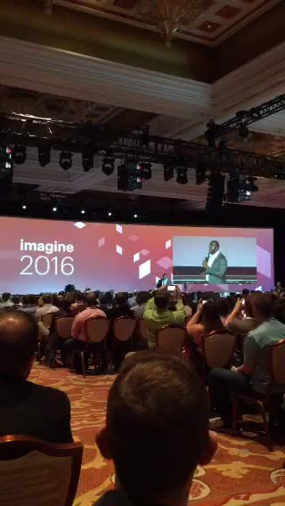 JoshuaSWarren: LIVE on #Periscope: Magic Johnson taking the stage at #MagentoImagine https://t.co/IHqLdXqVP3